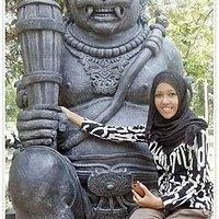 Salah satu patung di Alam Mayang