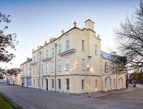 Plas Llanelly House