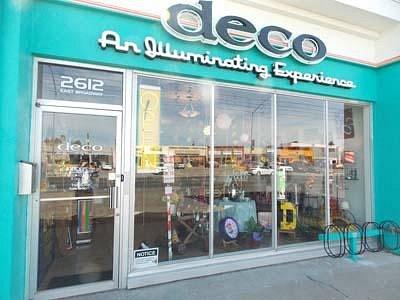 Deco Store Front