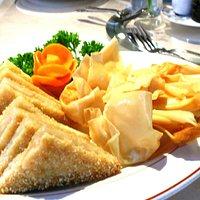 Crispy Wontons and Sesame King Prawn Toast