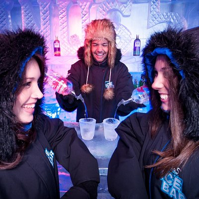 Minus 5º ICE BAR, Queenstown New Zealand