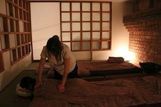 Shiatsu at Sakura Lounge