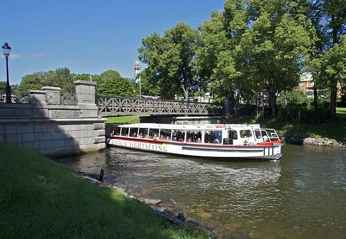 Royal Canal Tour around Djurgården
