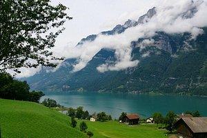 Облака над озером Валензе