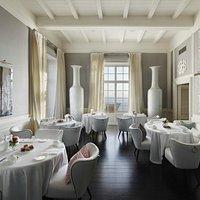 JKitchen Restaurant at J.K. Place Capri. Interior Design