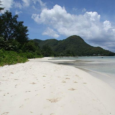 Beautiful beach of Côte d'Or)