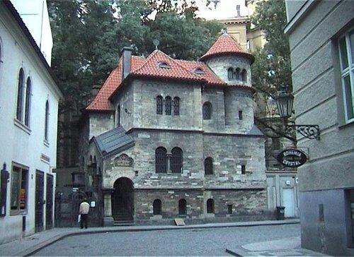 Klausiva Synagogue