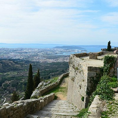Klis Fortress (also known as Meereen)
