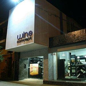 Wine Concept, vidriera