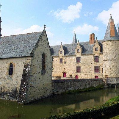 La chapelle et le château