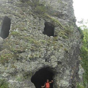 grottes à étage