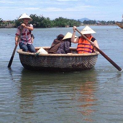 Basket boat