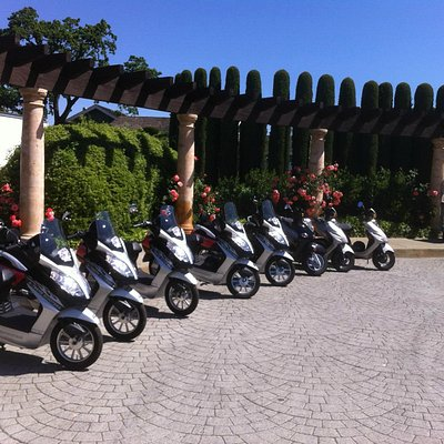 Group Moped ride in Napa Valley Ca