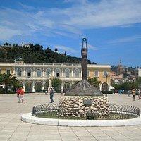 Площадь Dionysios Solomos