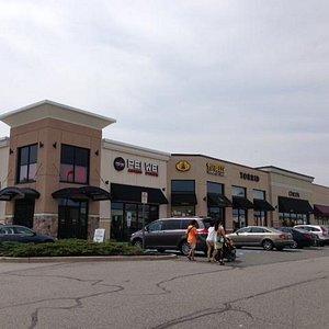 More outdoor shops