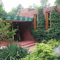 Samara - Frank Lloyd Wright in West Lafayette