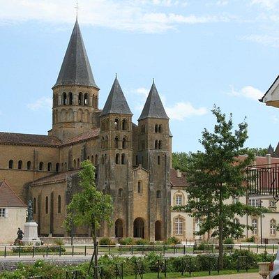 Basilique de Paray-le Monial (11ème et 12ème siècles)