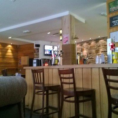 Skipper's Bar