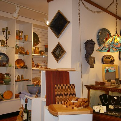 gallery of fine hand crafts of the area