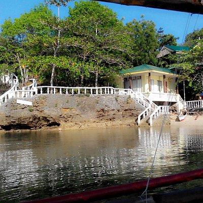 Shoreline of Villa igang resort