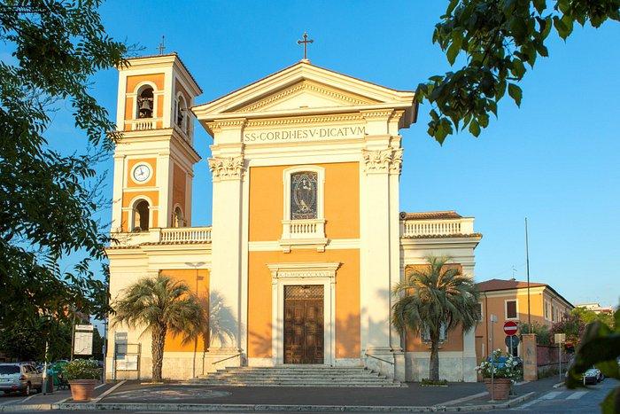 Chiesa nella Piazza Principale
