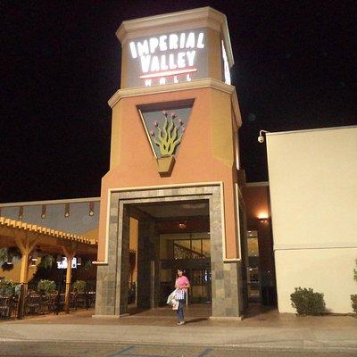 Saliendo de Imperial Valley Mall