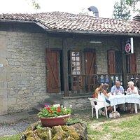 Osteria del Santuario in estate