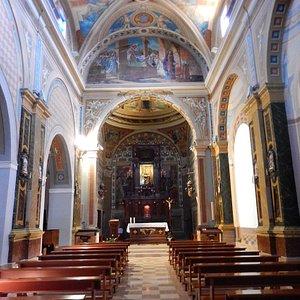 sm dei lumi - chiesa - navata centrale