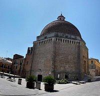 Собор святого Флавиана в г. Джулианова, Италия