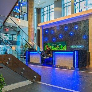 Hotel Blu Vancouver - Main Lobby