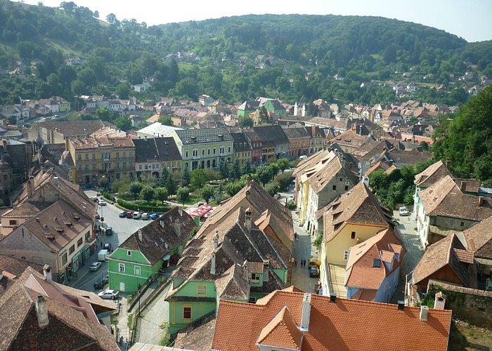 Вид на город с часовой башни
