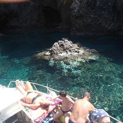 Grotta  Azzurra entrata  ( Palmarola )