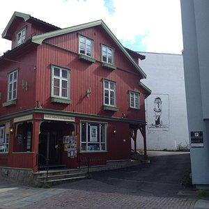 Fredrik Stabel & Avistegnernes Hus, Drøbak