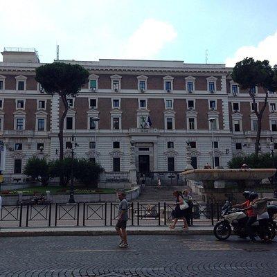 Piazza del Vignimale