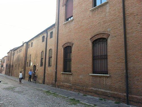 Ferrara Lucrezia Borgia thomb