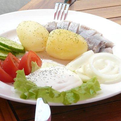 Matjeshering mit Kartoffeln