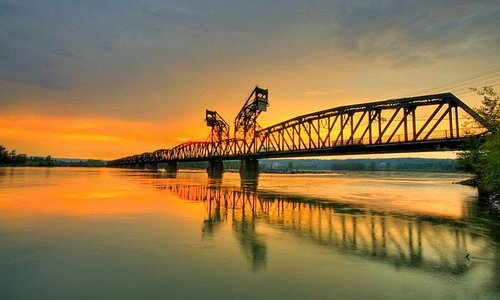 Old CNR railway bridge over the Fraser River, Prince George