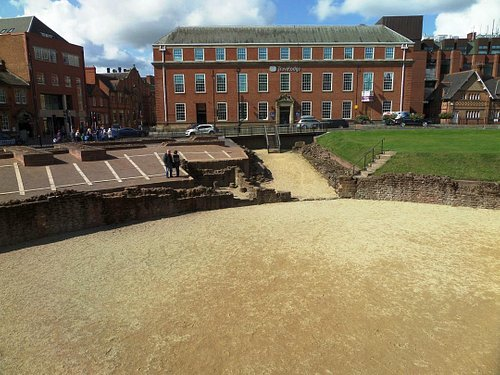 the Amphitheatre from the rear