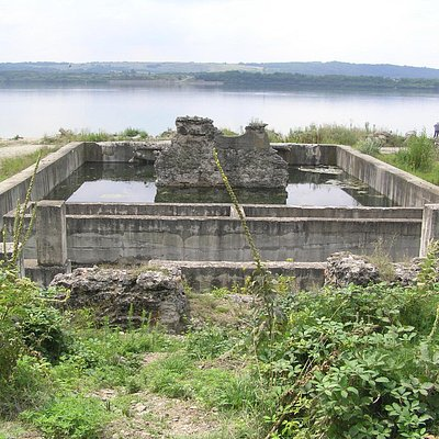 The only remains of the bridge