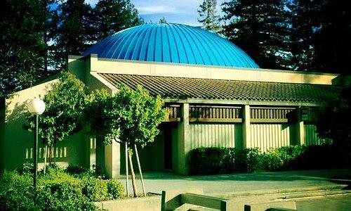 Fujitsu Planetarium - Astronomy and Laser Shows