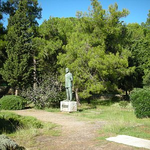 Monumento ad Ambroz Haracic