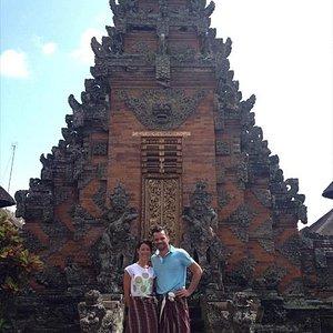 visit temple in bali