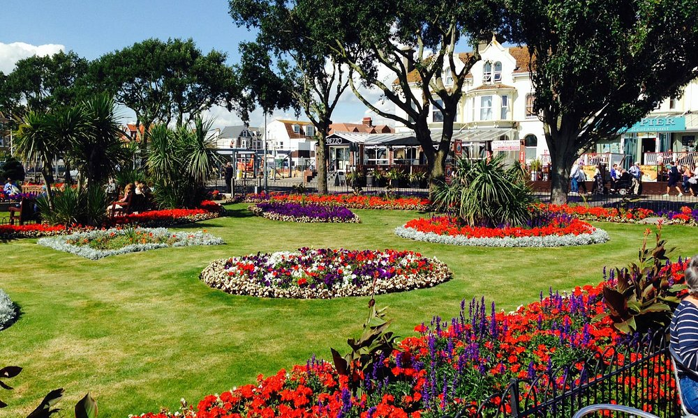 Marine Parade Gardens by Clacton Pier...