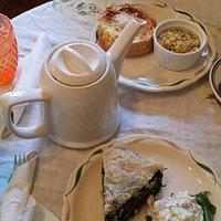Tea & quiche!