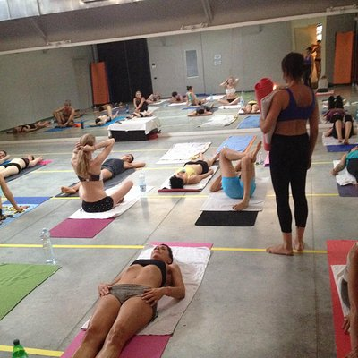 Here we practice Bikram a Milano!