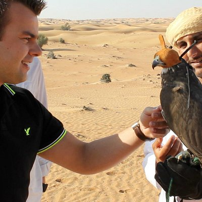 Guest and Falconer Sarab with Seeker