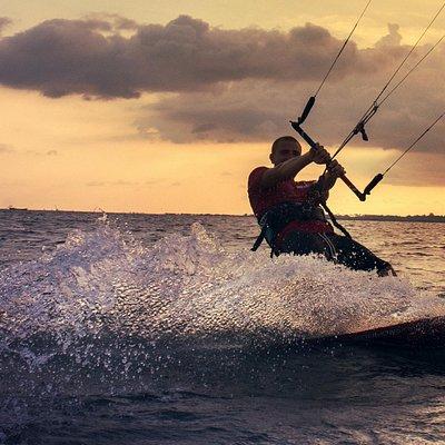 Kitesurfing Kampot