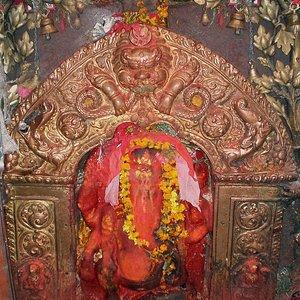Maru Ganesh, Ashok Binayak