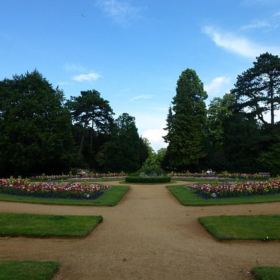 Abbey Gardens: overview