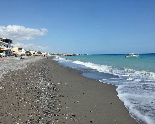Gra Lygia beach area looking towards Potami